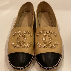 100% Auth CHANEL Camelia Studded Espadrilles 40